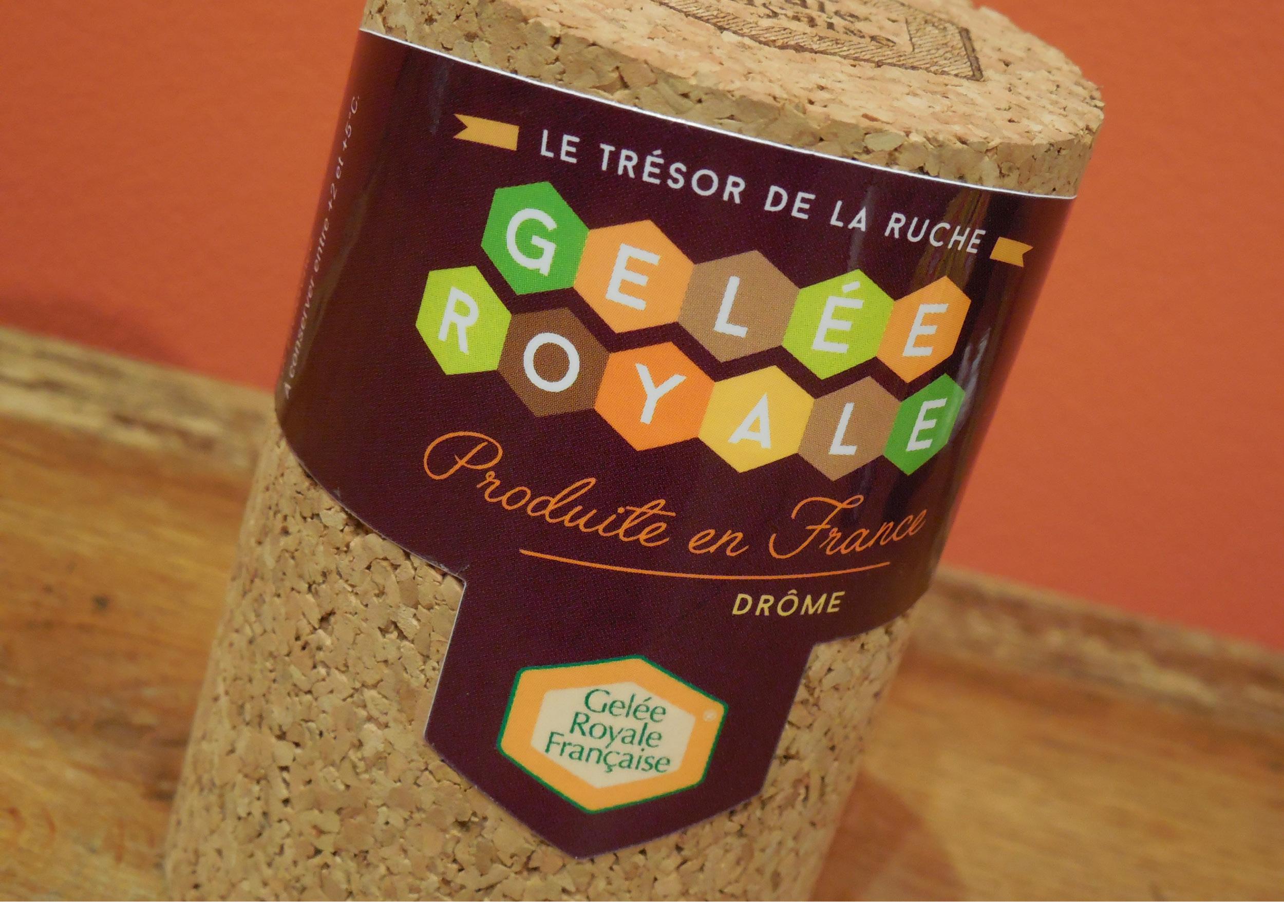 Rucher des Ramières pot de gelée royale création de l'étiquette forme de découpe vectoriel produite en France